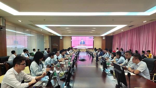 与祖国共进--喷塑设备厂家致敬深圳特区成立40周年!
