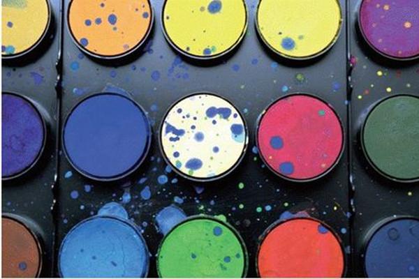 环保喷涂设备厂:水性涂料开拓低碳经济